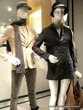 • New York • Stores • Νέα Υόρκη • Καταστήματα •
